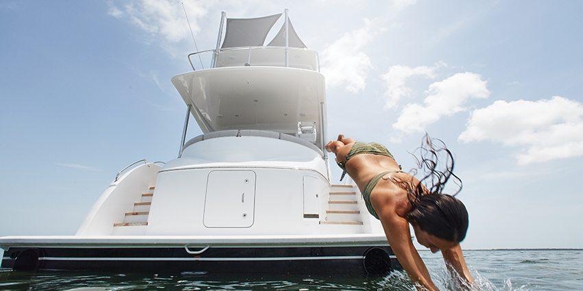 Hatteras Yacht Lifestyle